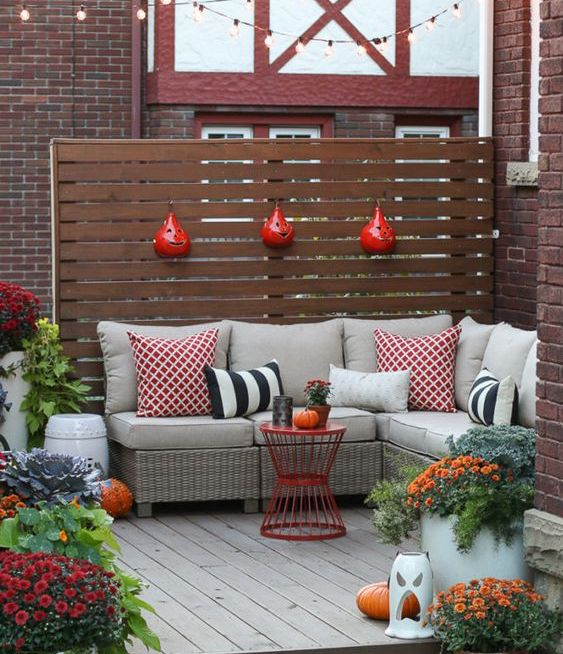 PatioFallDecor