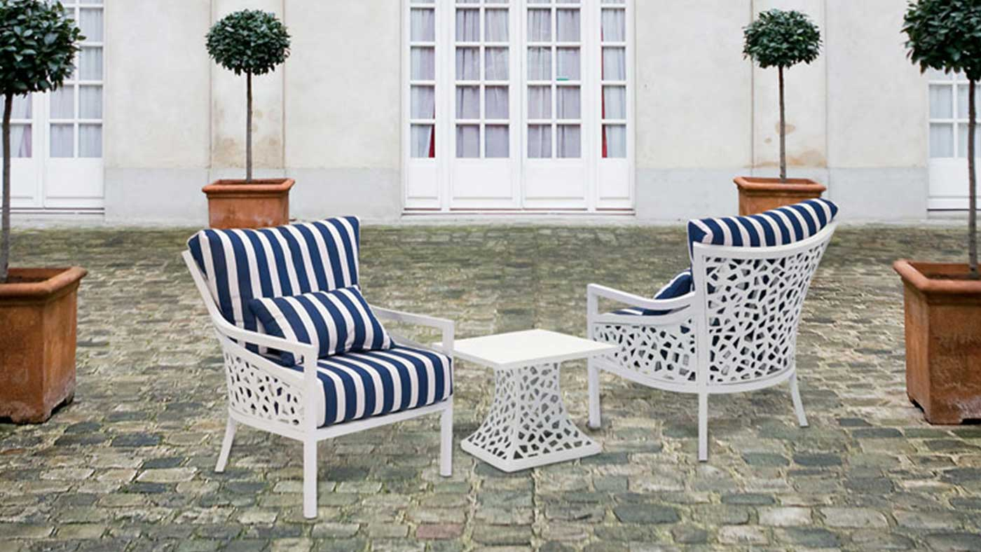Landgrave Furniture With Blue And White Stripey Cushions