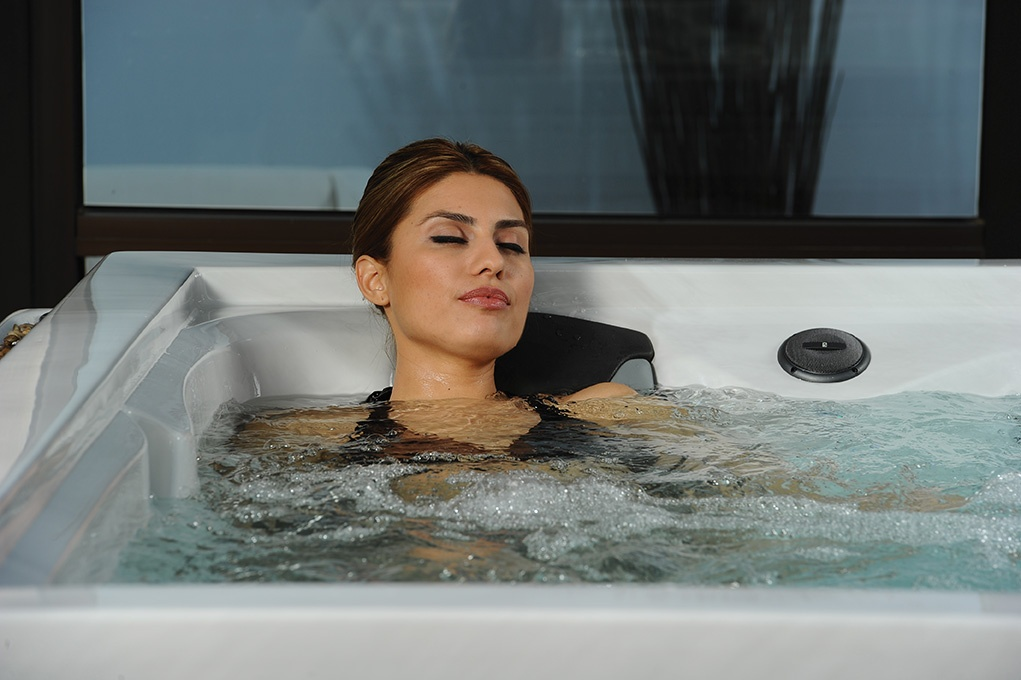 Enjoy The Benefits of Hydrotherapy by Owning A Hot Tub