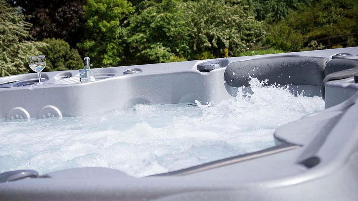 hot-tub-pumps.jpg