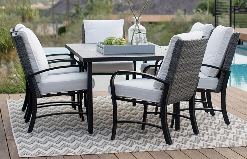 How To Decorate Your Patio Area With A Rug